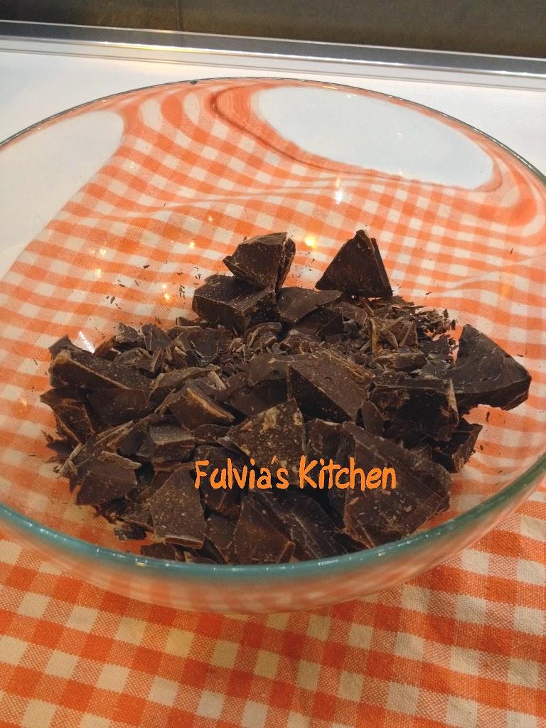 Tutorial ganache al cioccolato fondente per farcitura