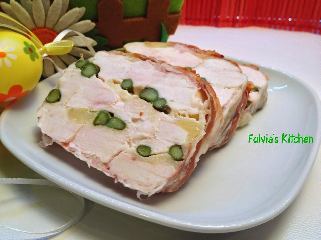 Terrina di pollo con asparagi e fontina
