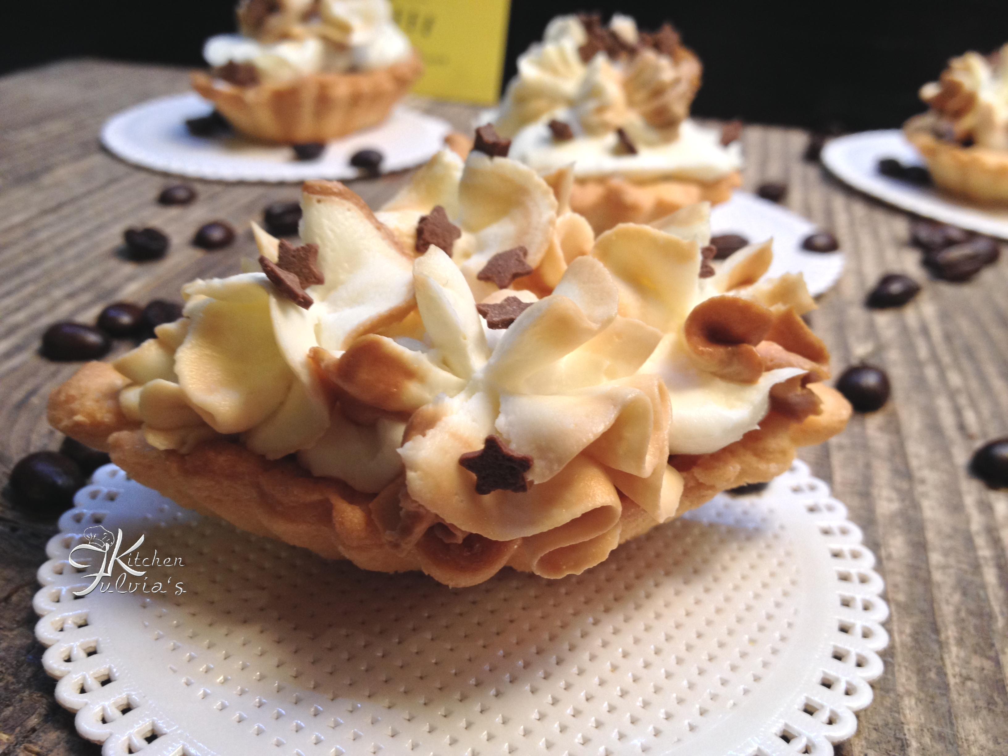 Tartellette di frolla con crema al caffè – Waffee