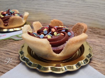 Tartellette con crema pasticcera al cioccolato10