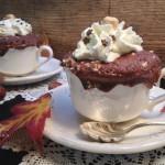 Mug cake ai cioccolato e granella di nocciole3