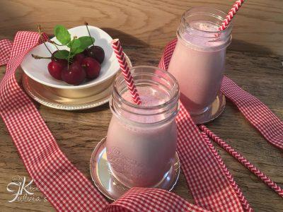 Ricetta light: Smoothie ciliegie e nocciole