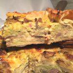 torta-salata-verza-toma-funghi-e-salsiccia