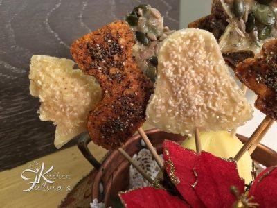 Lollipop al parmigiano reggiano per aperitivo