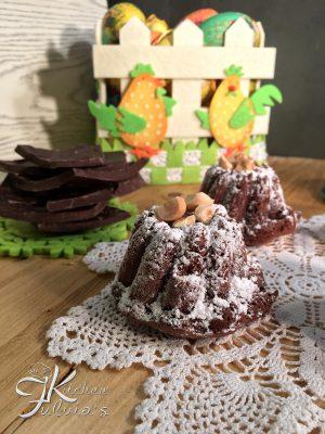 Ciambelline al cioccolato e nocciole, ideali per la colazione