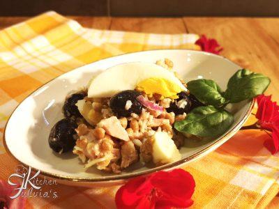 Insalata di lenticchie con tonno, mozzarella e uova sode - ricetta estiva