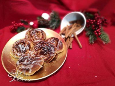 Cinnamon rolls girelle soffici con le mele alla cannella