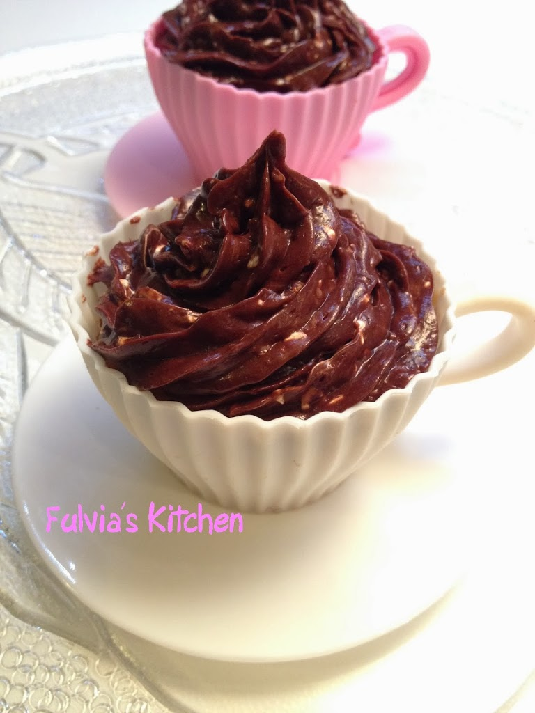 #Cupcakes al #caffè con #ganache di #cioccolato #fondente e #torrone
