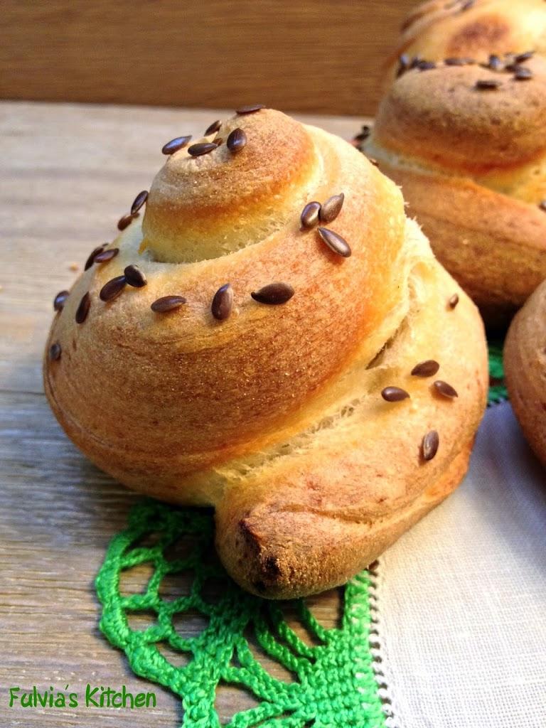 Girelle di pane con pasta madre lievitate 48 ore