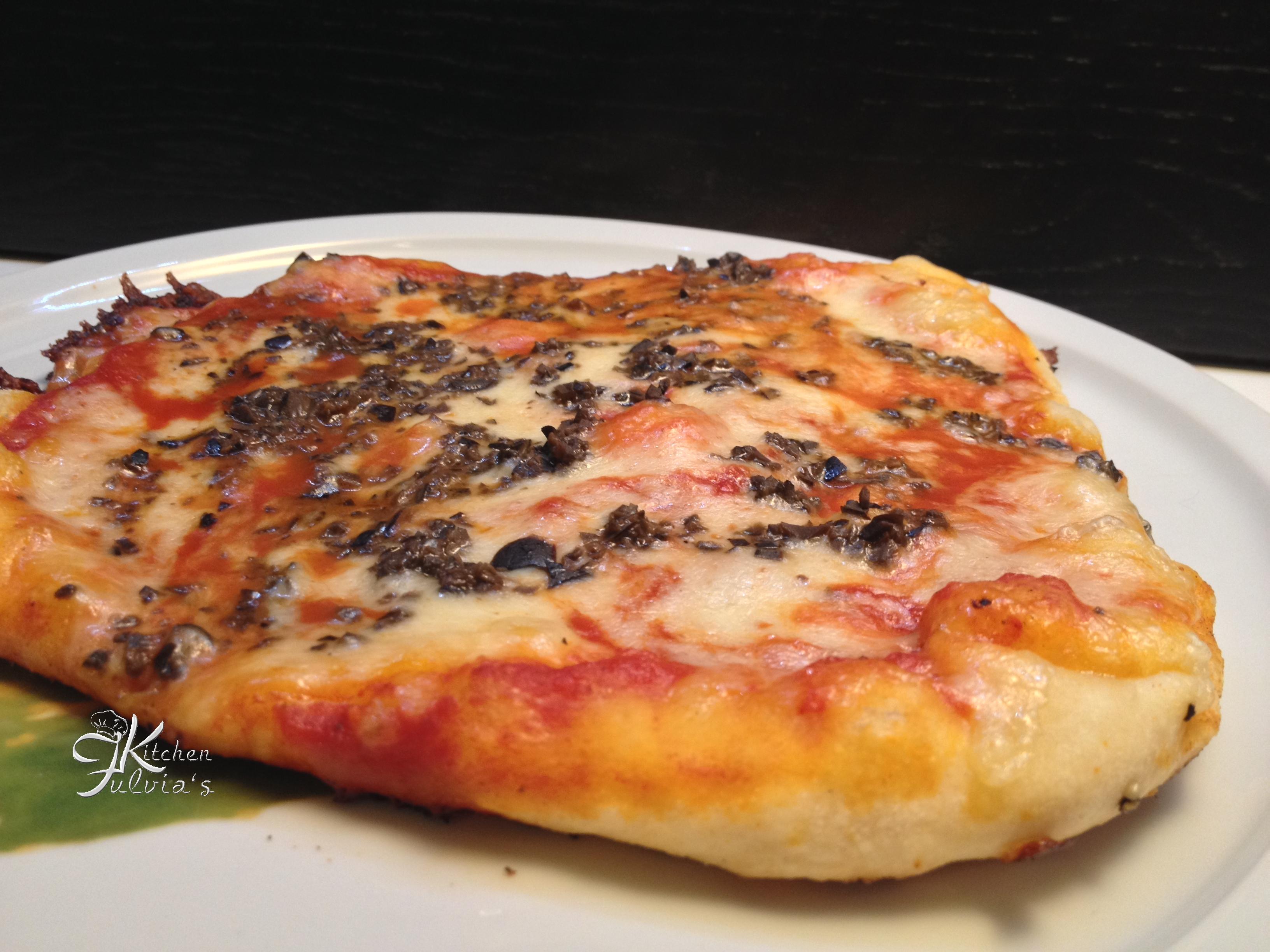 Pizza in padella con pasta madre