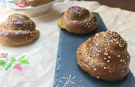 Girandole di pane agli spinaci la ricetta