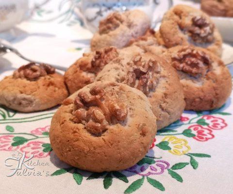 Biscotti con ricotta, fiocchi d'avena e noci – la ricetta