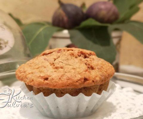 Muffin morbidi allo yogurt con fichi e mandorle la ricetta