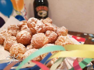 Castagnole di Carnevale fritte al profumo di Baileys la ricetta