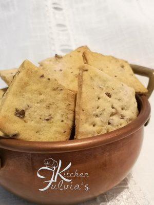 Crackers con Lievito Madre, semi oleosi e semi di finocchio