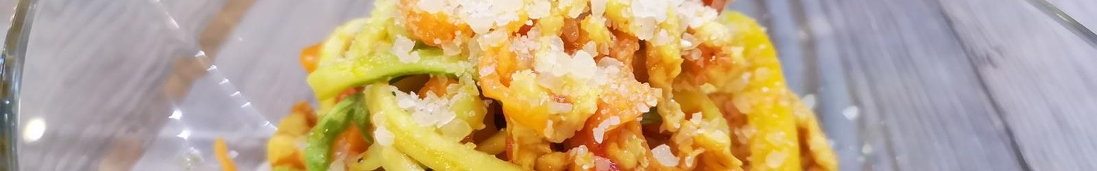 Spaghetti di verdure con ragù di tacchino – la ricetta